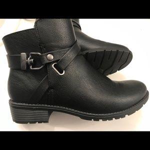 Croft & Barrow boots